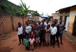 SUPER MÃE- Africana de 39 anos tem 44 filhos