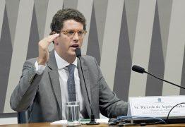 Salles diz que não faria evento do clima na BA só para se 'fazer turismo' e 'comer acarajé'