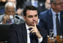 REPASSES SUSPEITOS: 3 núcleos organizavam desvio de salários em gabinete de Flávio Bolsonaro, diz MP