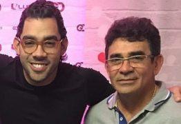 Pai de Gabriel Diniz desabafa sobre morte do filho: 'Meu corpo dilacerou'
