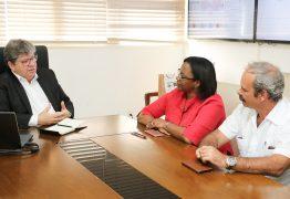 João Azevêdo recebe visita de cônsules de Cuba e discute parcerias para o estado