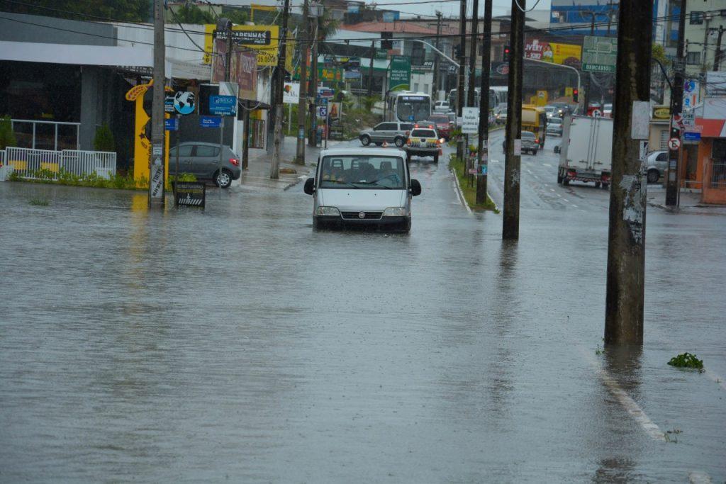 a8392efbc1815f92b7a657e281a0ee72 1024x683 - BOLETIM: Defesa Civil, Sedes e Semob atualizam informações sobre as chuvas em João Pessoa