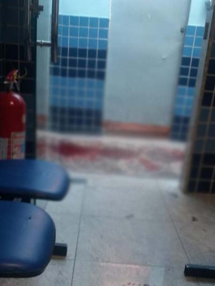 1 memorial 12319791 - Homem esfaqueia namorado da ex e tenta atear fogo nele