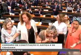 'E O SALÁRIO, Ó': presidente da CCJ na Câmara compara sessão à 'Escolinha do Professor Raimundo'