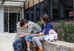 Escolas brasileiras registram casos de bullying semanalmente