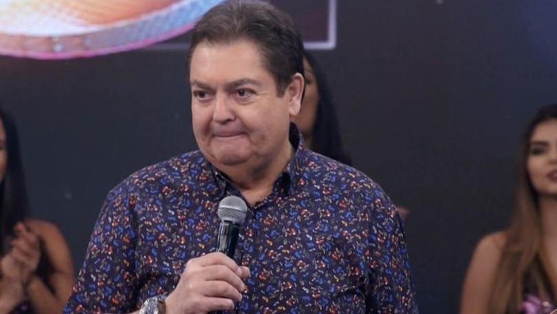 Faustao 1 - Fausto Silva é 'desmascarado' pela Globo e tem 'romance com amante' exposto pela emissora