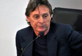 COM TORNOZELEIRA ELETRÔNICA E PROIBIDO DE FAZER TRANSAÇÕES FINANCEIRAS: Roberto Santiago é liberado após quatro meses de prisão – VEJA DECISÃO