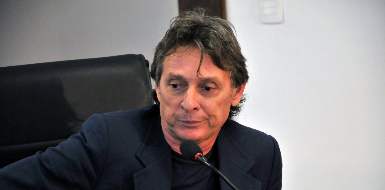 Roberto Santiago jornal correio e1550758788786 - XEQUE-MATE: STJ anula decisões e envia à Justiça Eleitoral caso contra Roberto Santiago
