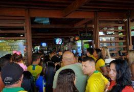 TUMULTO: clientes vivem dia de cão ao tentar assistir jogo da seleção Brasileira no Bar do Cuscuz, em João Pessoa; VEJA FOTOS