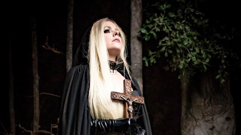 avril lavigne reprod insta widelg - Nova música de Avril Lavigne fala sobre amar o Diabo e incomoda fãs cristãos