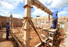 Confiança do empresário da construção sobe 2,6 pontos em julho