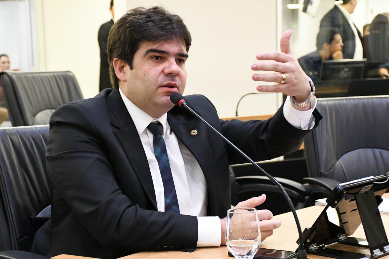 eduardo carneiro - Frente Parlamentar de Empreendedorismo e Desenvolvimento Econômico se reúne com Associação Comercial de Campina Grande