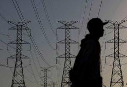Governo revisa para baixo previsão de crescimento da carga de energia