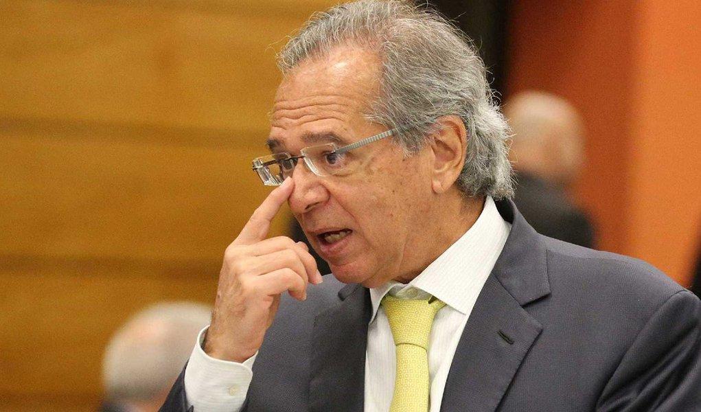 paulo guedes - Deputados buscam apoio para PEC que regulamenta de regra de ouro