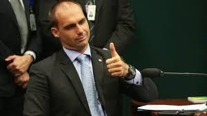 transferir 5 - Governo já tem pronta carta de apresentação de Eduardo Bolsonaro para ocupar cargo de embaixador