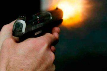 uso arma fogo 1 360x240 - CRIME: Homem é assassinado com vários tiros em Mangabeira