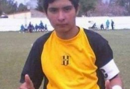 BOLADA: Goleiro de 17 anos morre após defender pênalti com o peito; VEJA VÍDEO