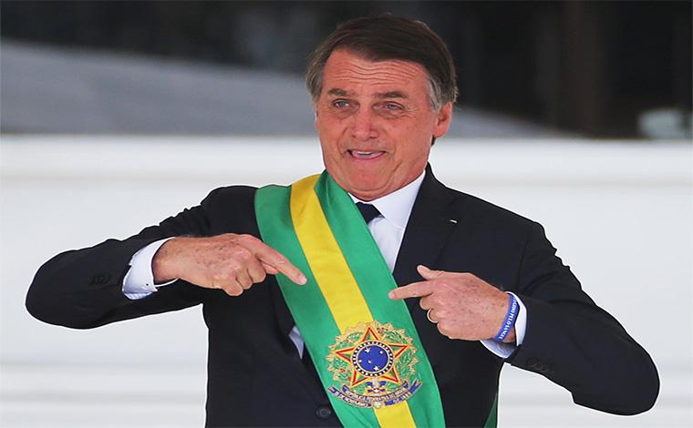 008243 5c9e60af37490 Sem Titulo28 - 188 PÁGINAS EM BRANCO: Livro viraliza nas redes ao listar motivos para confiar em Bolsonaro