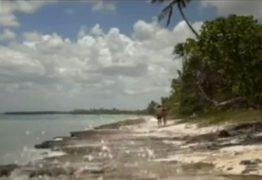 Site filma pornô em praia suja para combater poluição – VEJA VÍDEO