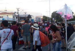 ATO PÚBLICO EM JP: Estudantes e professores protestam contra cortes na Educação