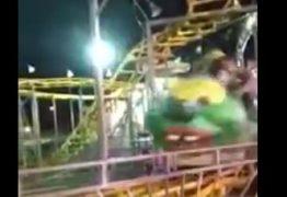 Brinquedo descarrilha em parque de diversões e deixa feridos – VEJA VÍDEO