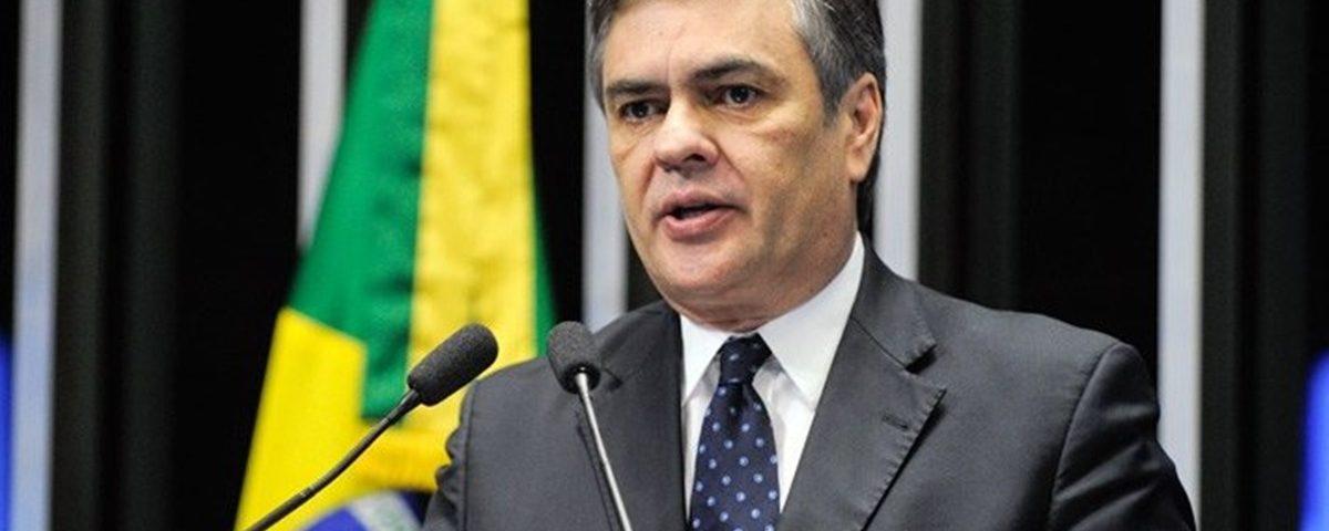 Cássio2 1200x480 - Cássio diz que crise no PSB paraibano será resolvida 'na polícia'