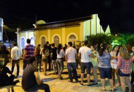 HOMENAGEM A JACKSON DO PANDEIRO: Usina promove show de Oliveira de Panelas e feira de economia solidária