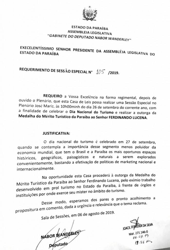 WhatsApp Image 2019 08 27 at 19.46.35 - Adriano Galdino concede 'Medalha do Mérito Turístico da Paraíba' ao gestor do Centro de Convenções Ferdinando Lucena