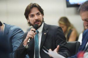 conv pp 01072019132500 300x200 - Pedro Cunha Lima defende fim de contingenciamentos, mas critica 'narrativa ideológica' de manifestações