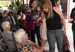 Primeira-dama visita Vila Vicentina e destaca investimentos do Projeto Acolher