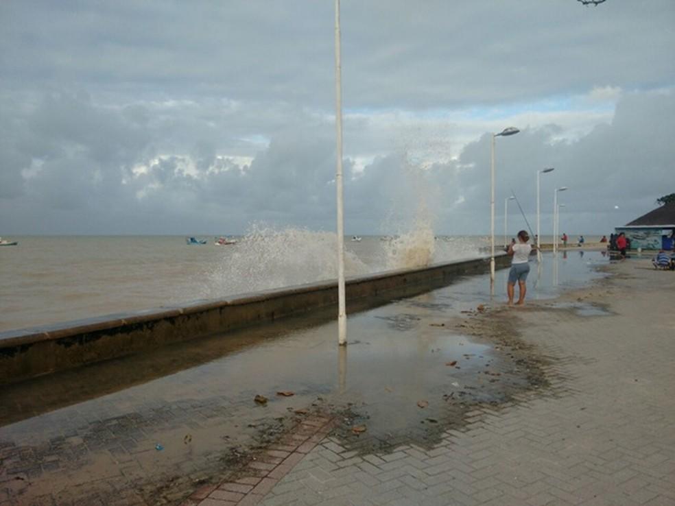 ressacamarpb - A PARAÍBA DE OLHO NO LITORAL: Tremor de terra na costa do nordeste causa inquietação, mas Marinha Brasileira descarta possibilidade de tsunami no Atlântico Sul