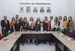Integrantes da Comissão da Mulher de JP recebem portarias do Creci-PB