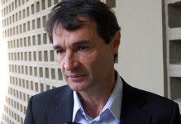 Sintab é condenado a pagar indenização de R$ 6 mil ao prefeito de Campina Grande por danos morais
