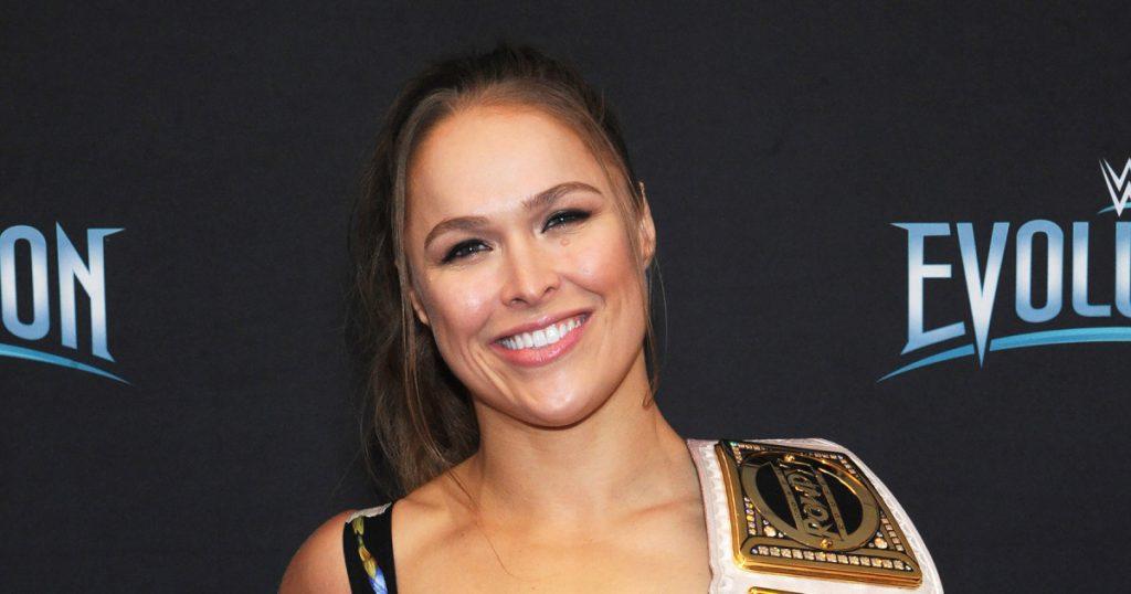 ronda rousey 1024x538 - IMAGEM FORTE: Ronda Rousey sofre acidente em filmagem e quase perde dedo da mão