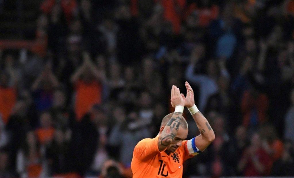 sneijder reuters 1024x622 - Sneijder segue passos de Robben e Van Persie e anuncia aposentadoria