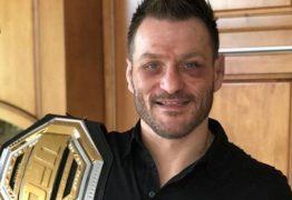 Miocic promete dar cinturão do UFC ao pai que venceu luta contra câncer