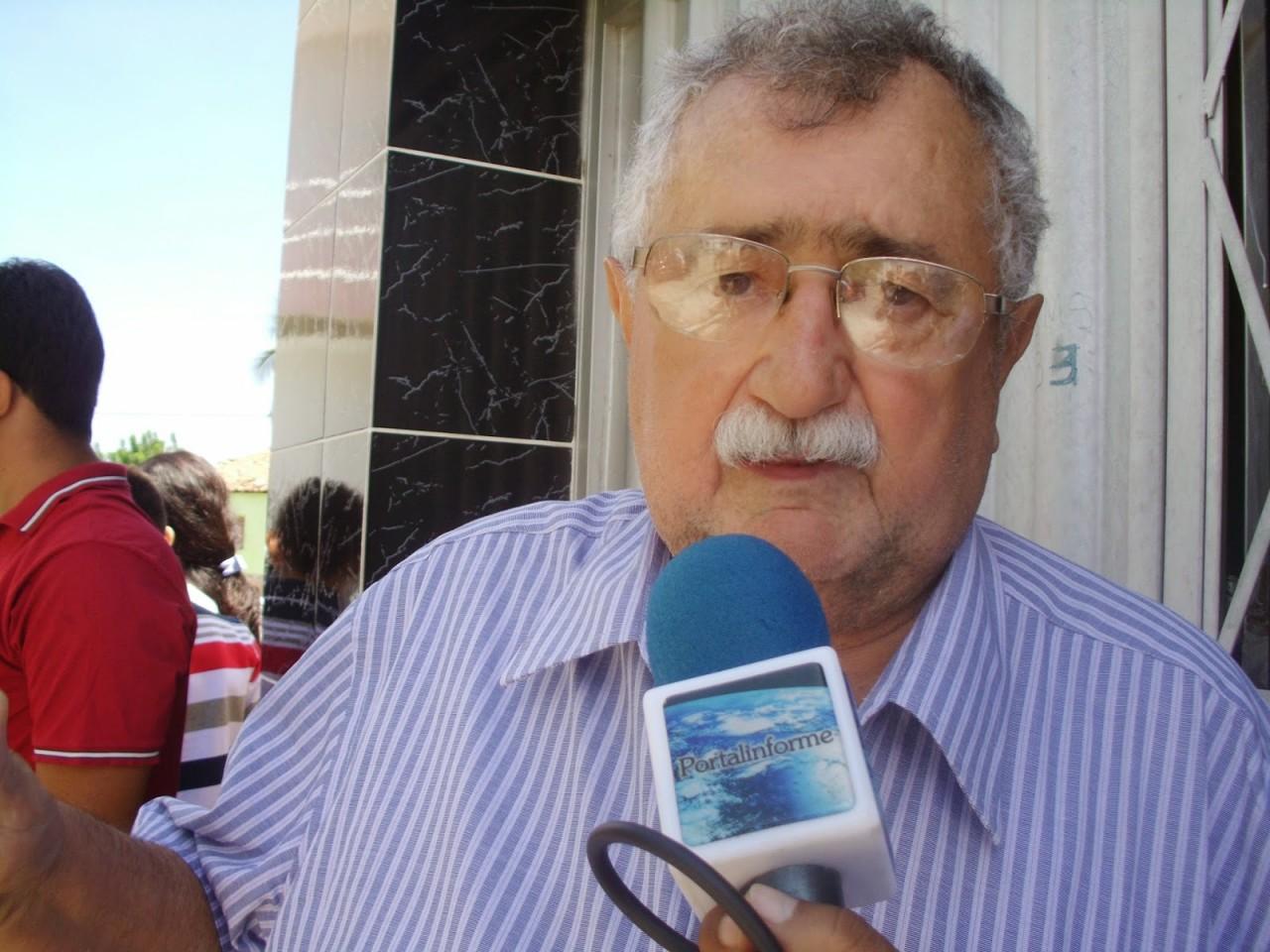 DSCI0872 - UM CIDADE INTEIRA DE FORA: Crise no PSB faz todos os membros de uma cidade se desfiliarem do partido