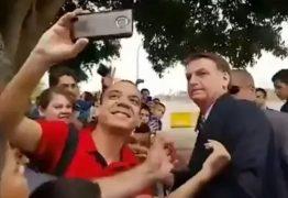 BAFO: Homem desmoralizado por Bolsonaro trabalha no Ministério do Turismo