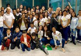 Crianças do projeto Ação Social pela Música da Prefeitura de João Pessoa já estão em São Paulo para apresentação no Theatro Municipal em concerto da Orquestra Bachiana Filarmônica