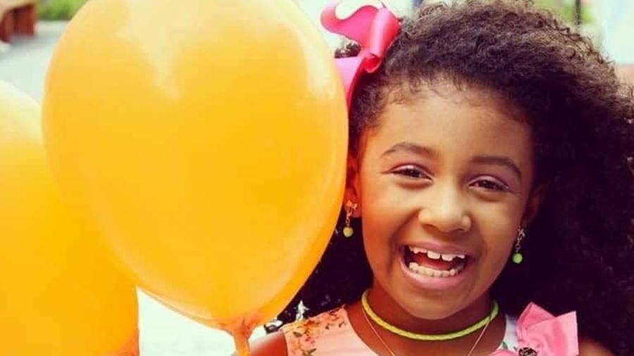 agatha felix morreu na noite de sexta feira atingida por tiro durante operacao policial 1569088984013 v2 900x506 - CASO ÁGATHA: Perícia confirma que tiro que matou menina partiu de arma de cabo da Polícia Militar