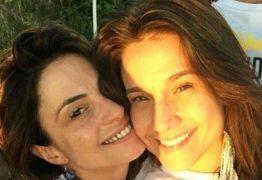 Beijo exagerado de Fernanda Gentil em namorada causa incômodo em evento