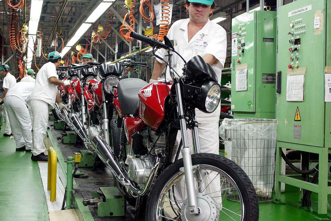industria 1 - Governo faz revisão de normas de segurança e saúde no trabalho