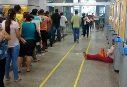 Procon autua agências bancárias por desrespeitar tempo de espera nas filas
