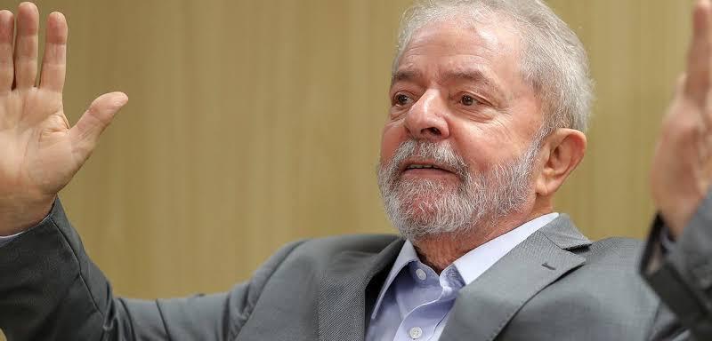 lula 1 - 'Nos prenderam por alimentarmos o povo com a ousadia de lutar', diz Lula à militante por moradia solta em SP