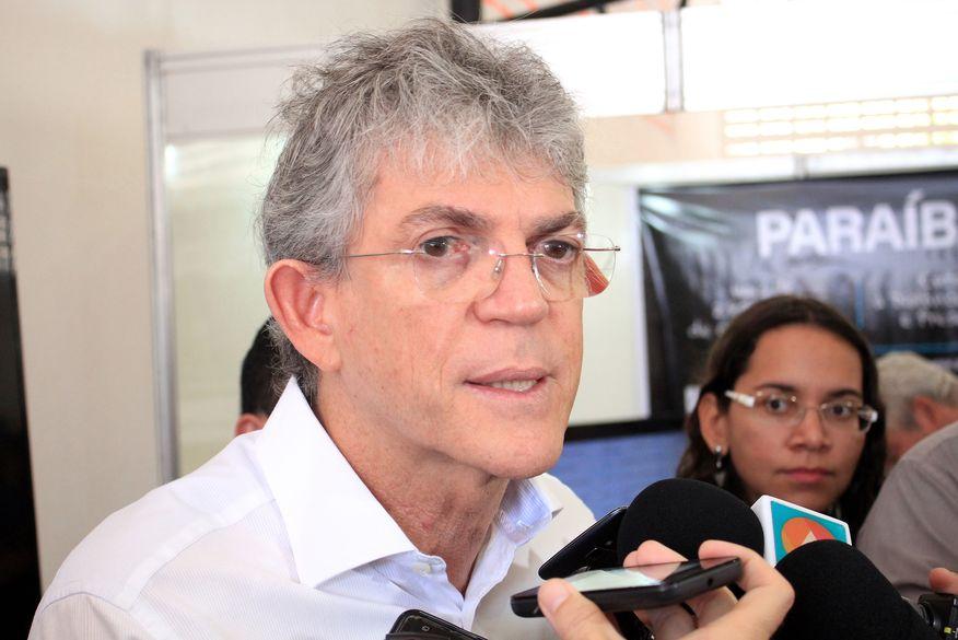 ricardo coutinho walla santos - 'MASCARAS IRÃO CAIR': Ricardo Coutinho promete revelar quem está inflamando crise no PSB