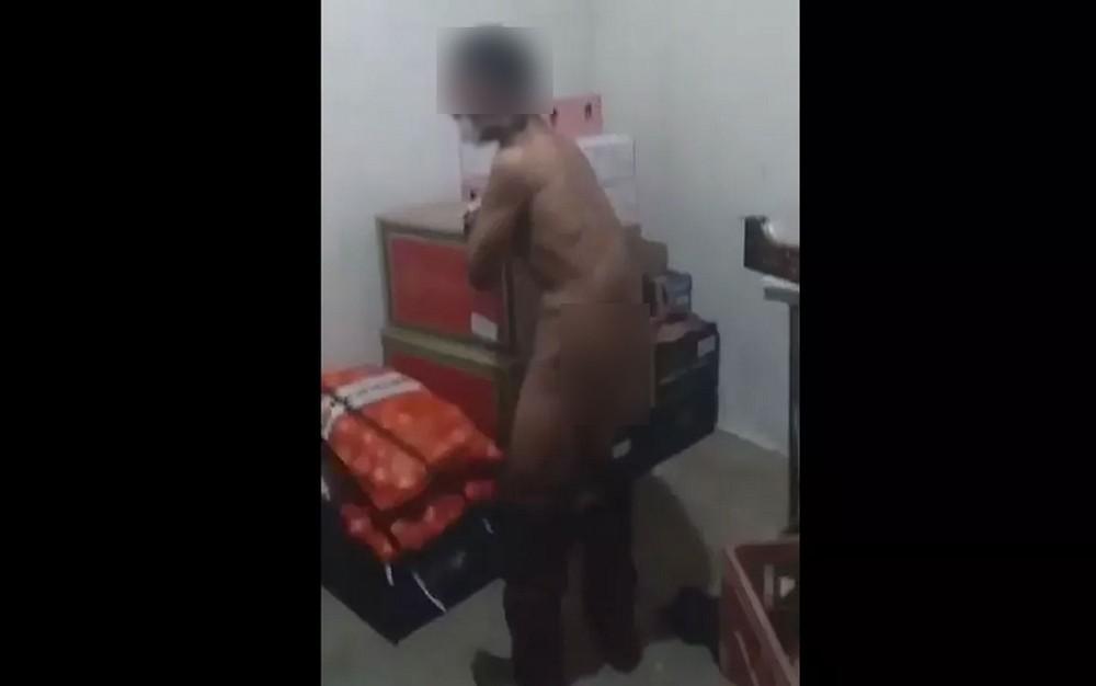tortura21 - INVESTIGAÇÃO: Jovem teria sido torturado por furtar chocolate em supermercado - CENAS FORTES