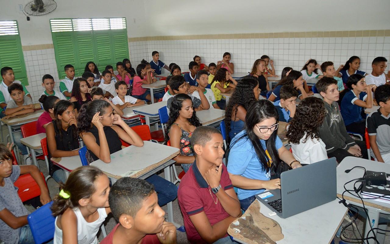 unnamed 2 3 - Governo divulga Disque Denúncia 123 para adolescentes em Santa Rita