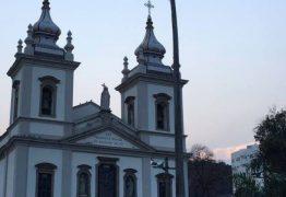 Três homens são presos tentando assaltar igreja
