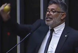 'Um frouxo. Ameaça mas não faz p* nenhuma', diz Alexandre Frota sobre Eduardo Bolsonaro
