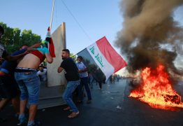 REPRESSÃO VIOLENTA: Iraque entra no 4º dia de protestos, com dezenas de mortos